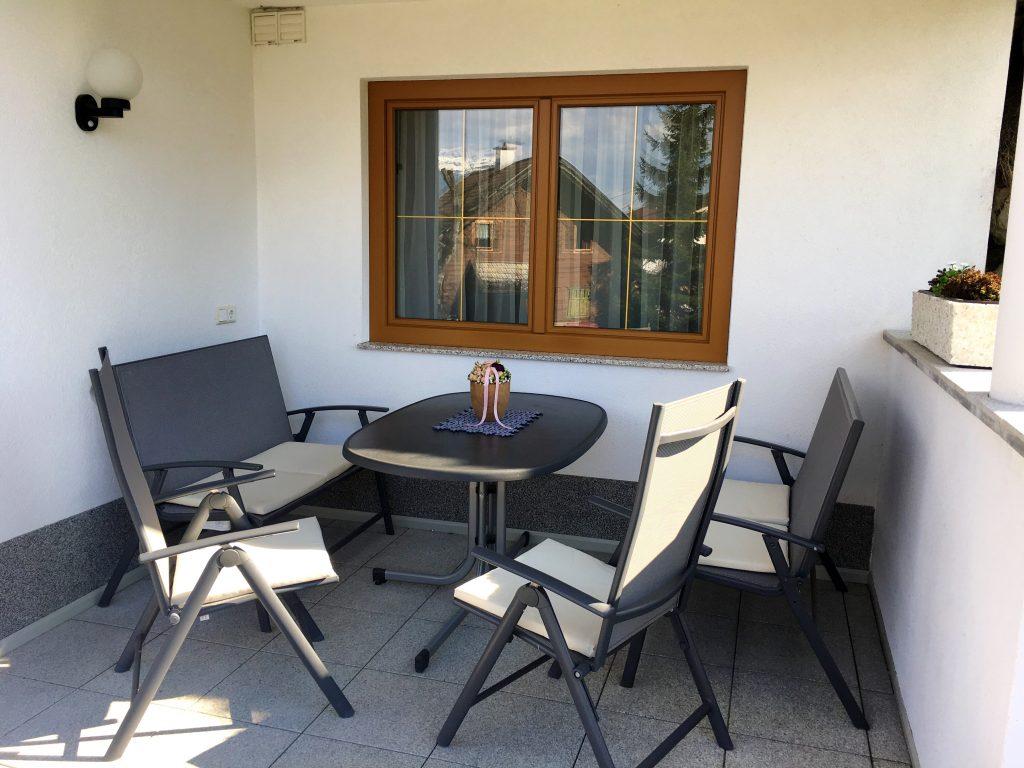 Gemütliche Terrasse, wo auch das Grillen riesen Spaß macht!